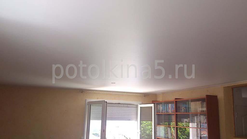 Сатиновый натяжной потолок фото отзывы
